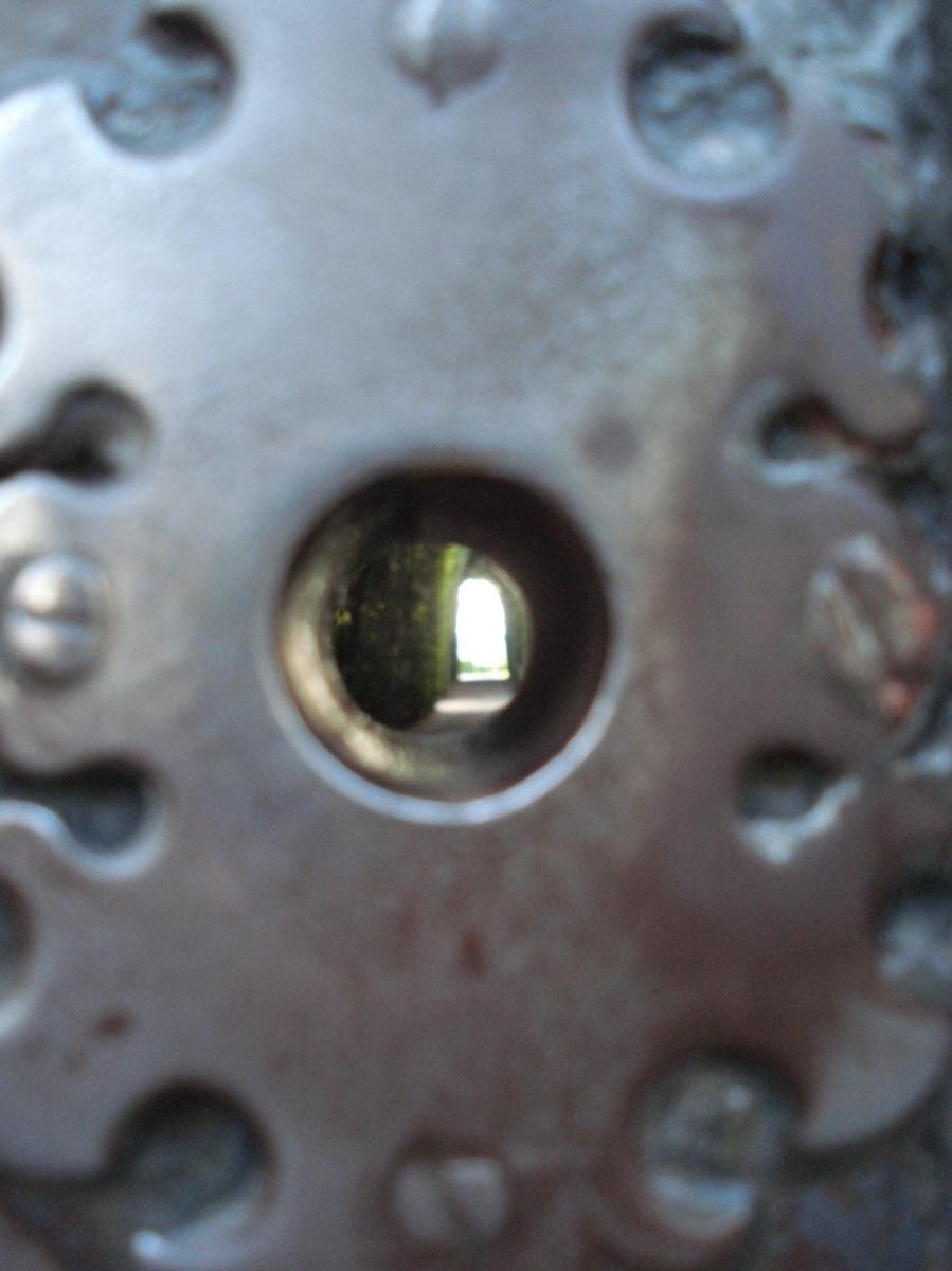 Rzym, a w nim Watykan przez dziurkę od klucza