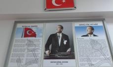 wszechobecny i szanowany Ataturk