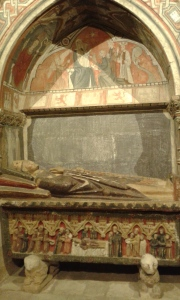 grobowiec i freski katedry