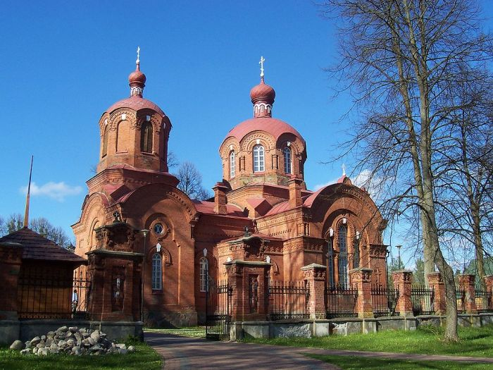 Cierkiew_prawosławna_w_Białowieży_01 wikipedia