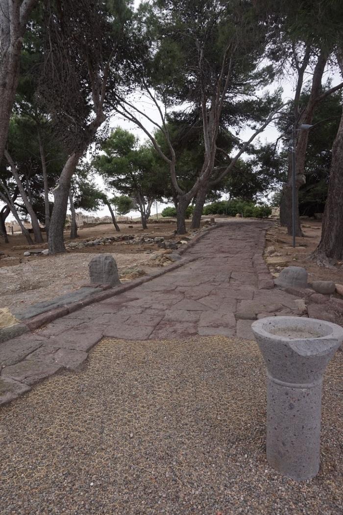 pozostałości ulicy zbudowanej przez Rzymian